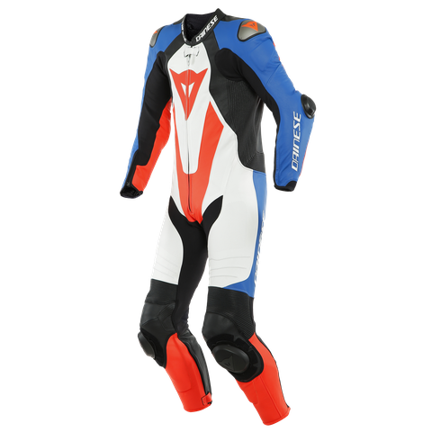 DAINESE21M.00004DY_SN005686_CLOSEUP01